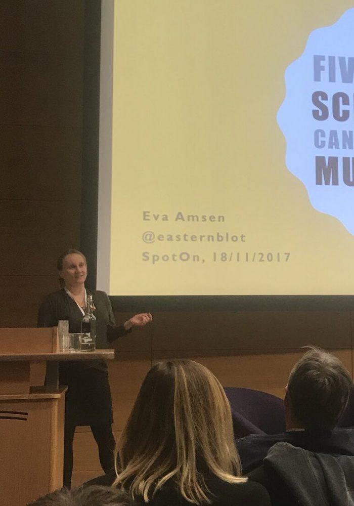 Science communication by Eva Amsen